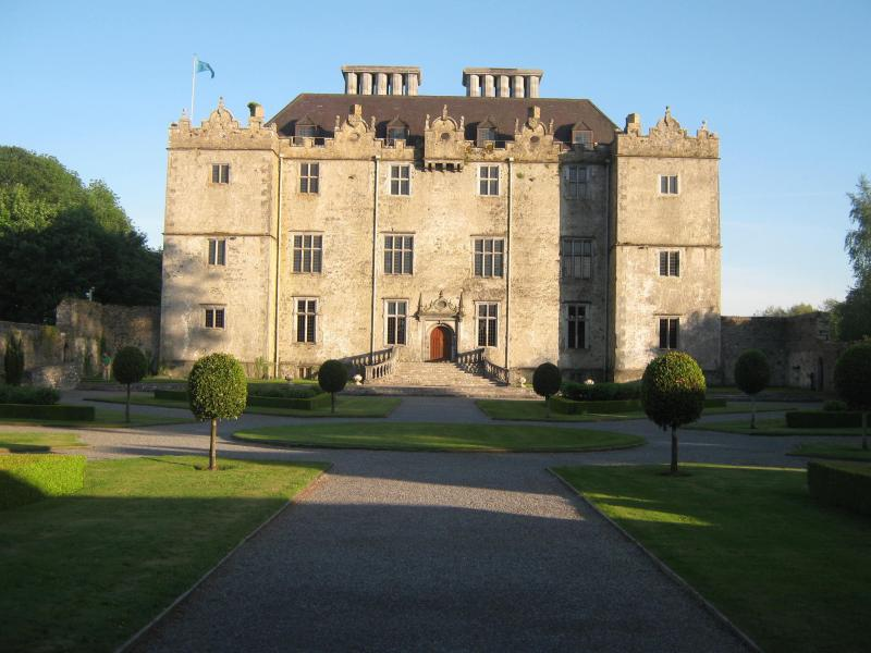 portumna_castle_photo__1_-_copyright_portumna_camera_club