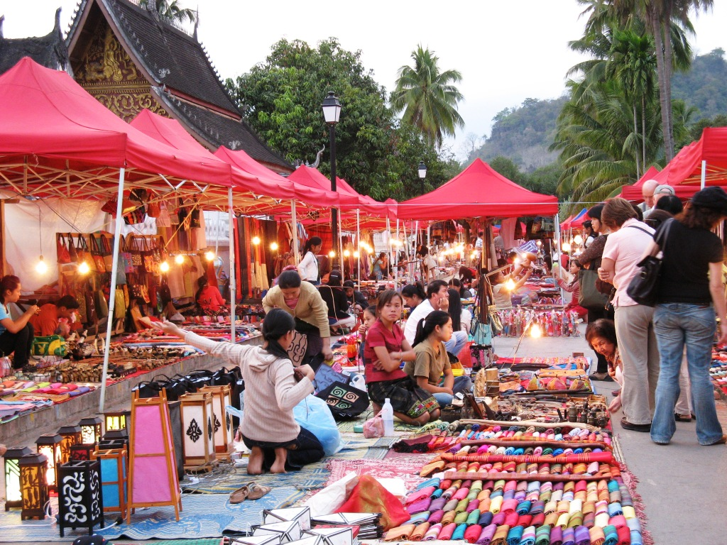 thai-outdoor-market