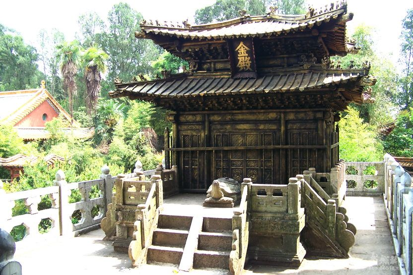 yunnan-golden-temple